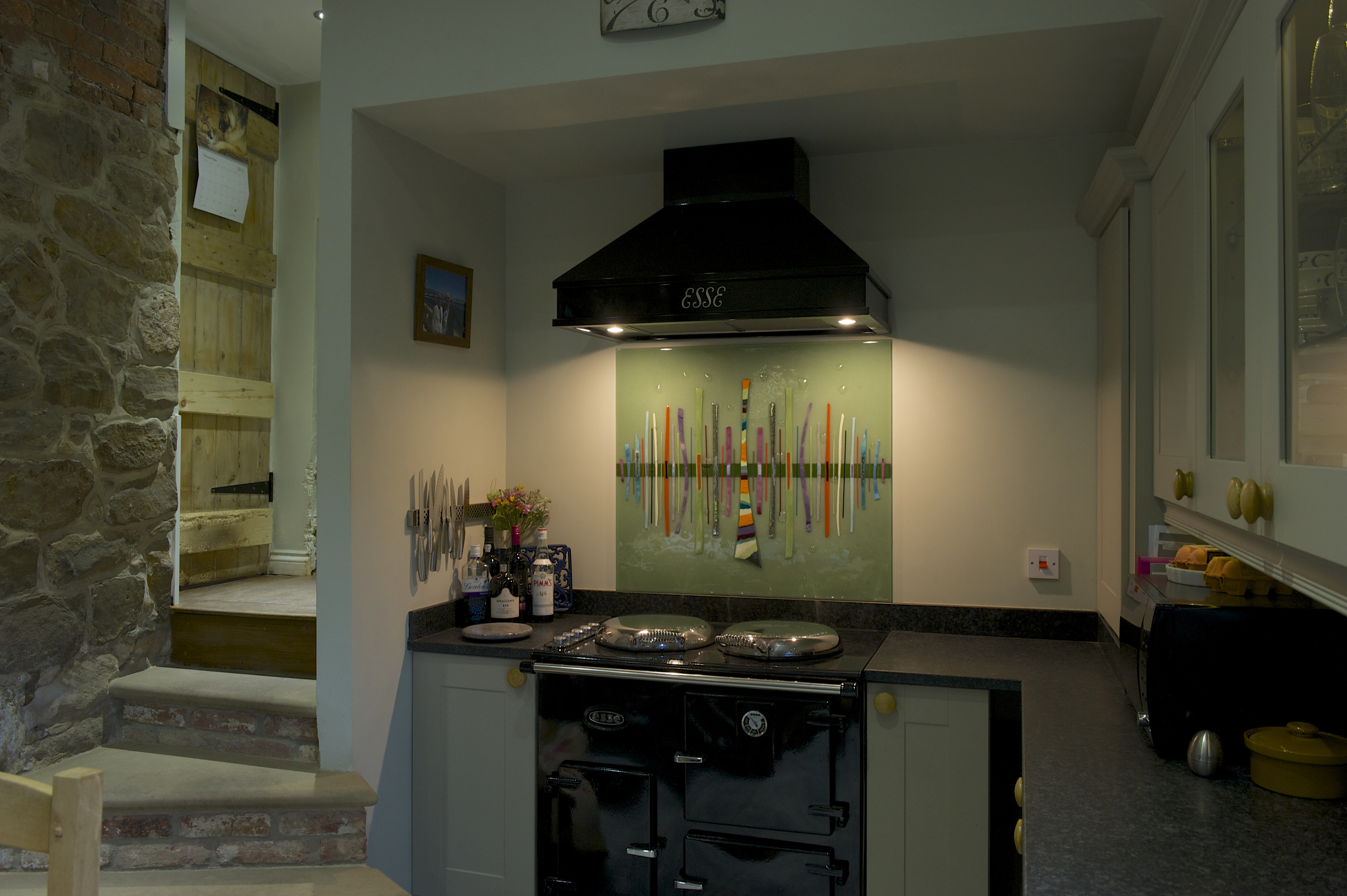 One fine example of our bespoke glass splashbacks that found a home in Derbyshire.