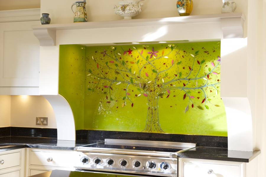 We've got the best fused glass art splashbacks Manchester has to offer. Come and see for yourself!