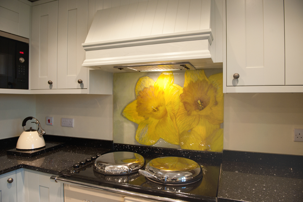 This gorgeous example of one of our coloured glass splashbacks found a home in Anglesey.
