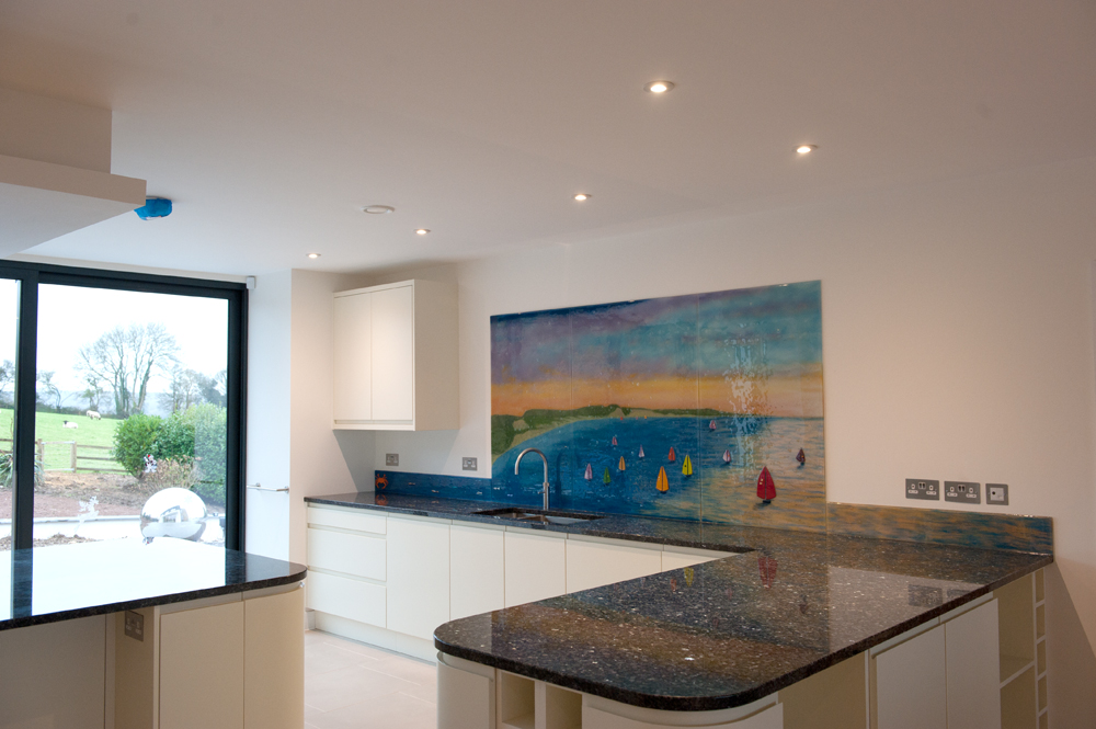 This stunning bespoke fused glass kitchen splashback is a sublime example of a personalised piece looking pretty perfect!