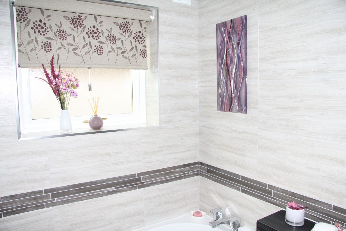 A gorgeous example of a bathroom in Whitehaven, enhanced by the addition of bespoke fused glass art1