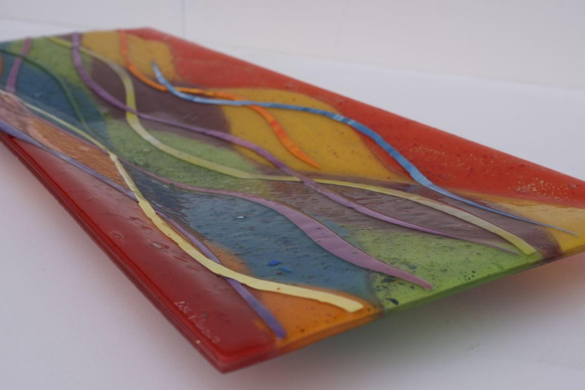 A gorgeous fused glass art coloured bowl - guaranteed to be of the highest craftsmanship!