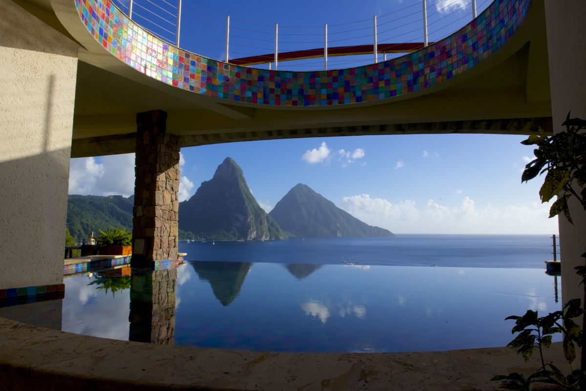 A view out from Jade Mountain Resort. Can you see the beautiful fused glass art work?