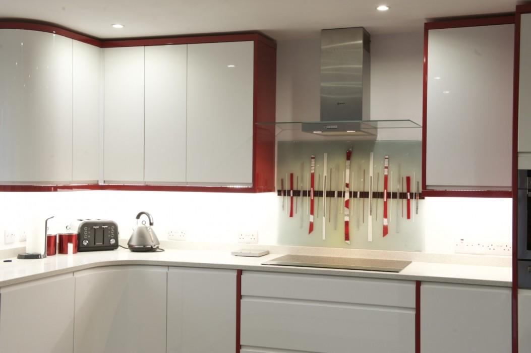 One of our most recent alternatives to coloured glass splashbacks, a beautiful fused glass piece for Scotland.