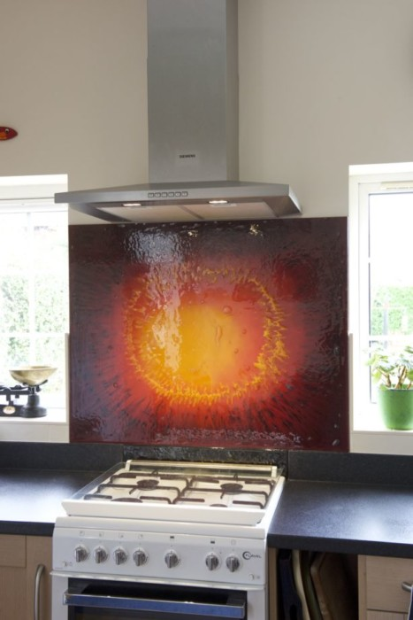 When it comes to providing beautiful bespoke fused glass splashbacks Kenilworth-wide and beyond, we're number one.
